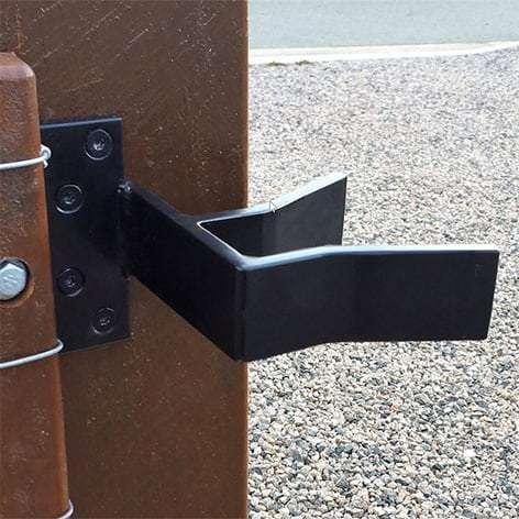 Sanctum sliding gate receiver
