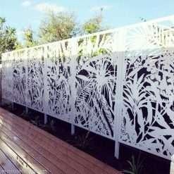 Jabiru seamless garden screens